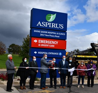 Aspirus Divine Savior ribbon cutting